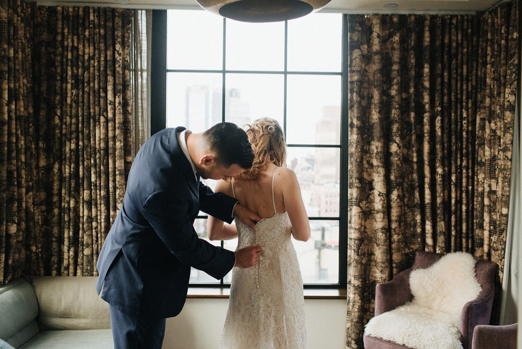 15_nyc_elopement_photography_wedding_intimate.jpg