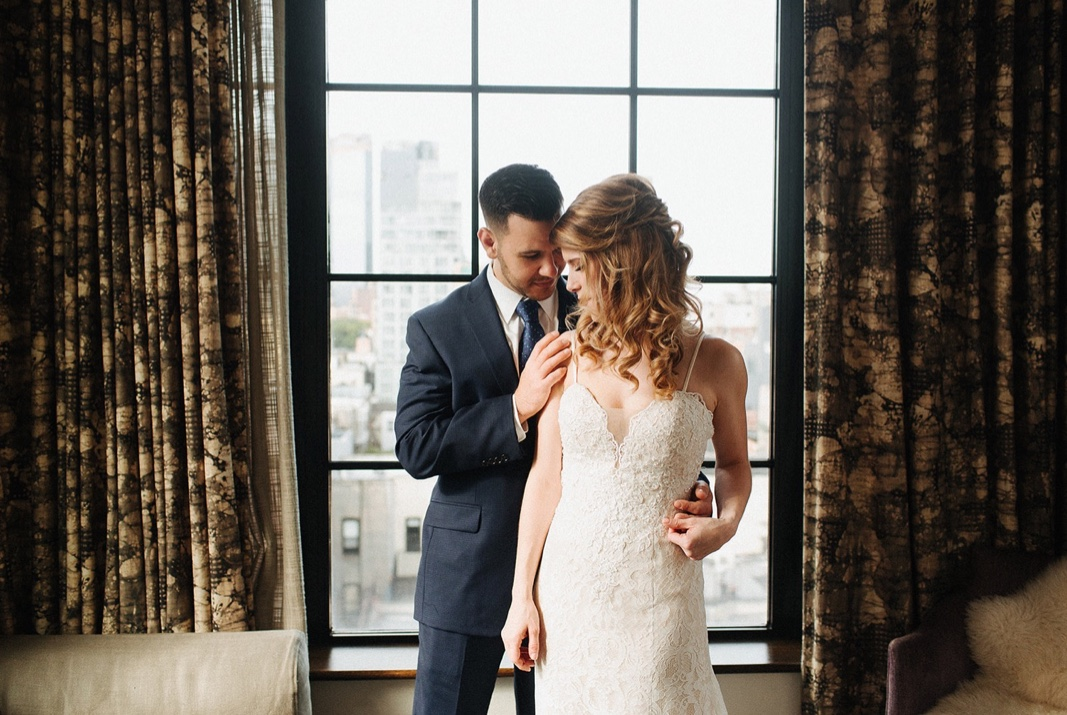 23_nyc_elopement_photography_wedding_intimate.jpg