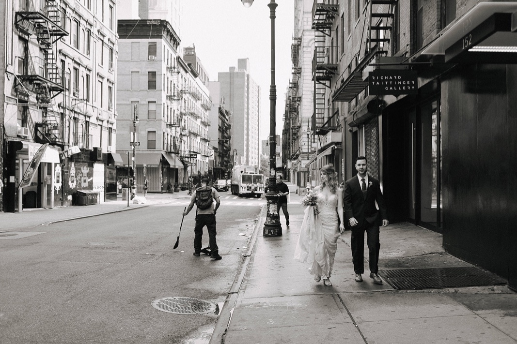 27_nyc_elopement_photography_wedding_intimate.jpg