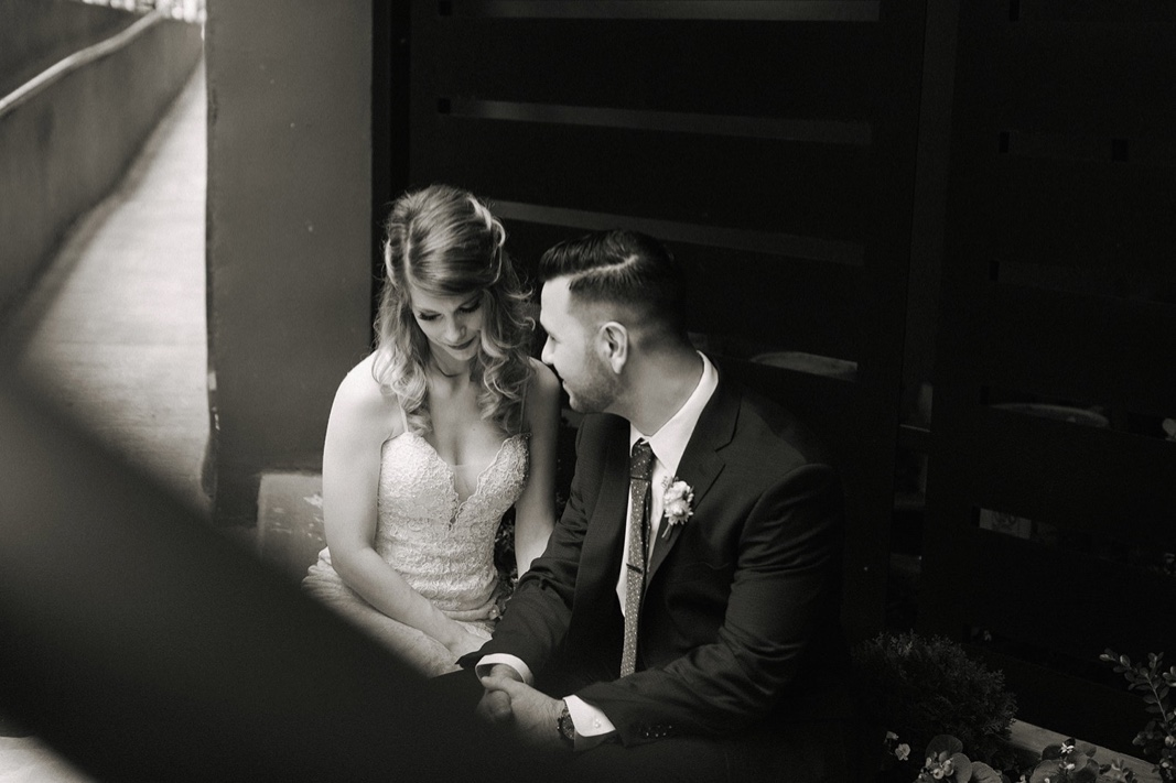 29_nyc_elopement_photography_wedding_intimate.jpg