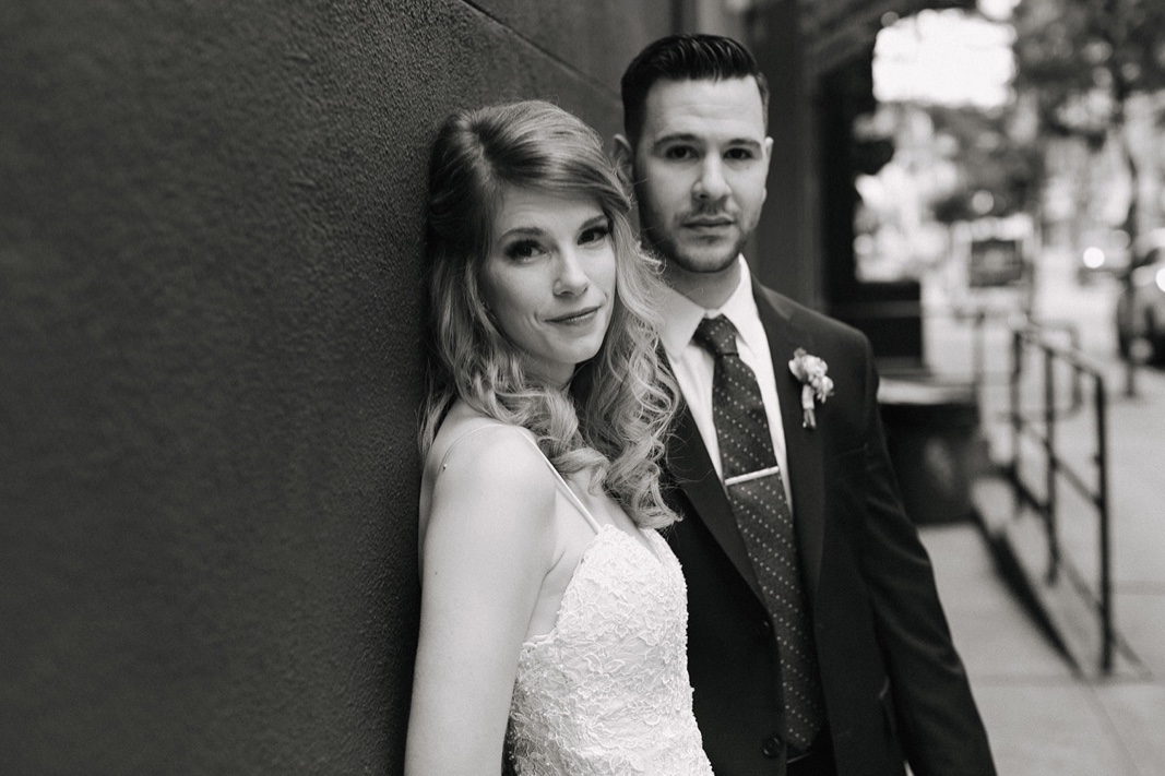 30_nyc_elopement_photography_wedding_intimate.jpg