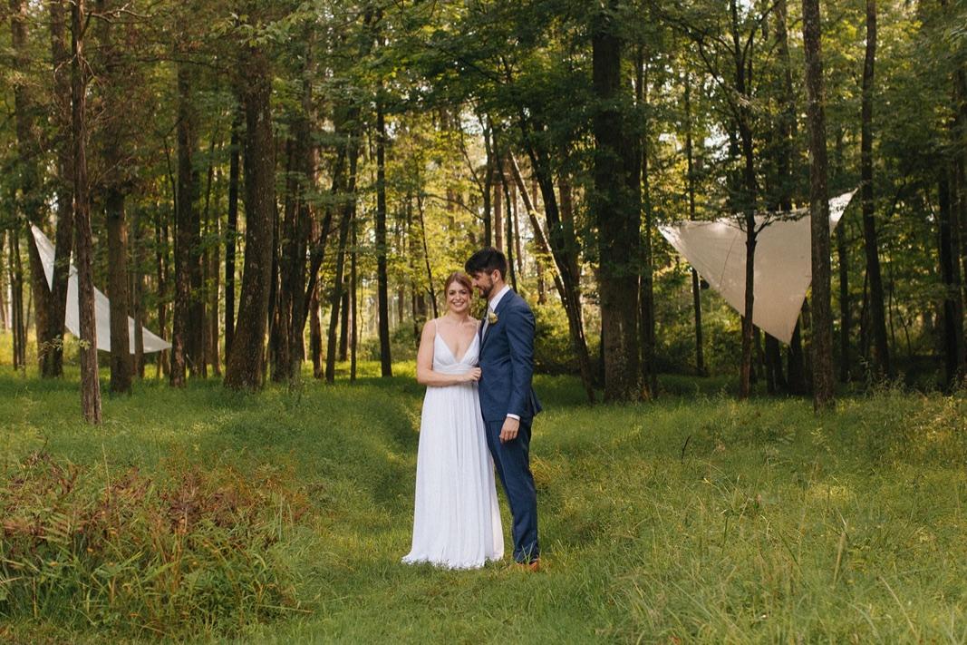09_county_backyard_country_wedding_bucks.jpg