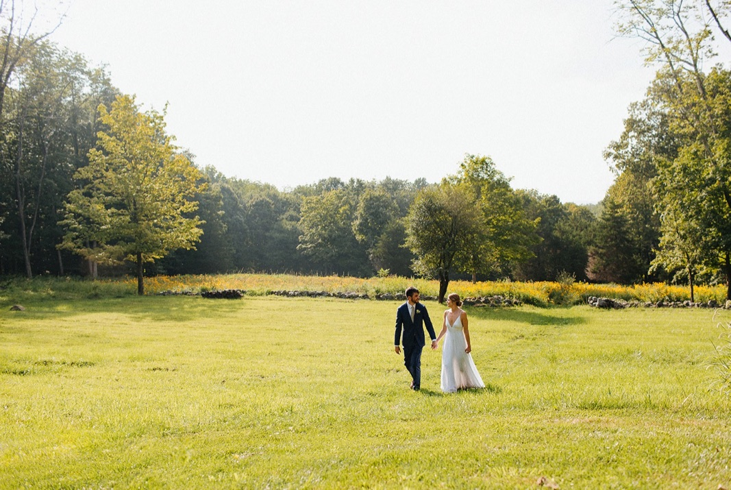 16_county_backyard_country_wedding_bucks.jpg