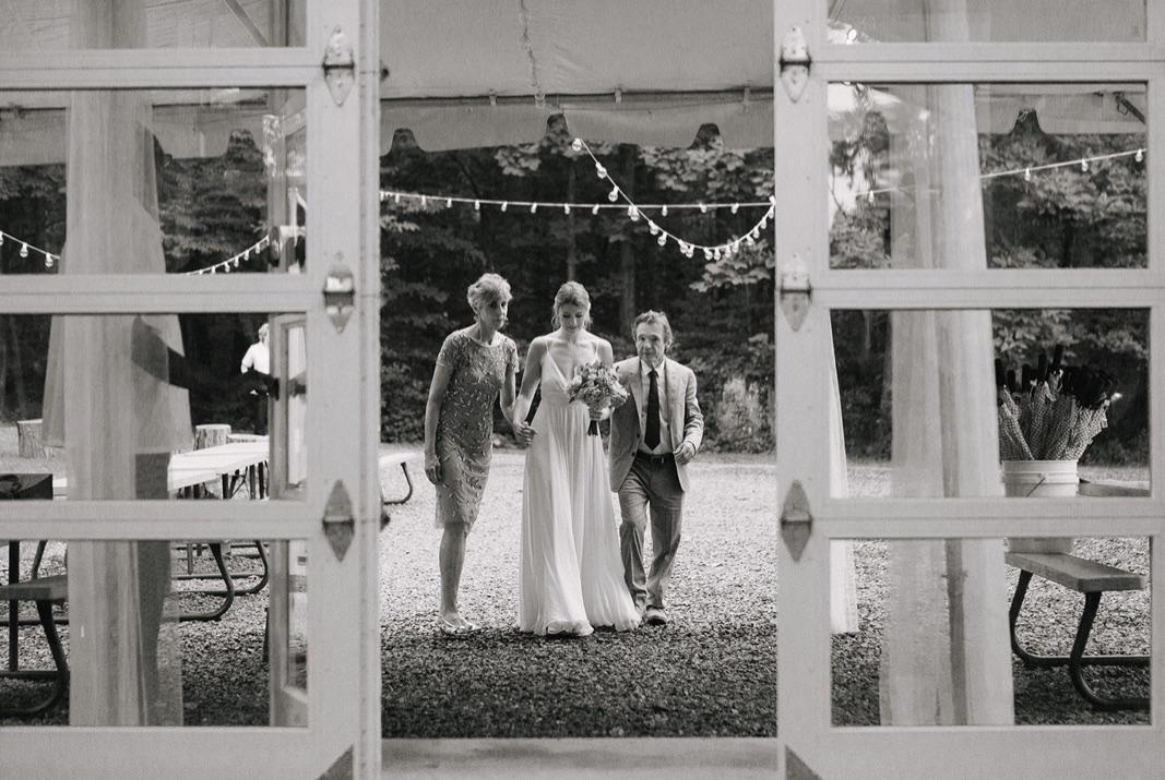 35_county_backyard_country_wedding_bucks.jpg
