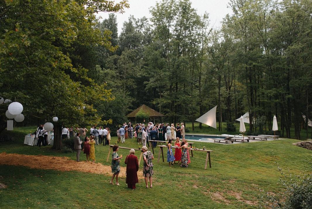 46_county_backyard_country_wedding_bucks.jpg