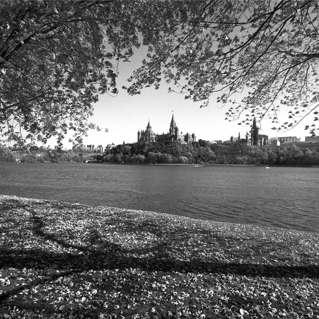 Ottawa river autumn view 2