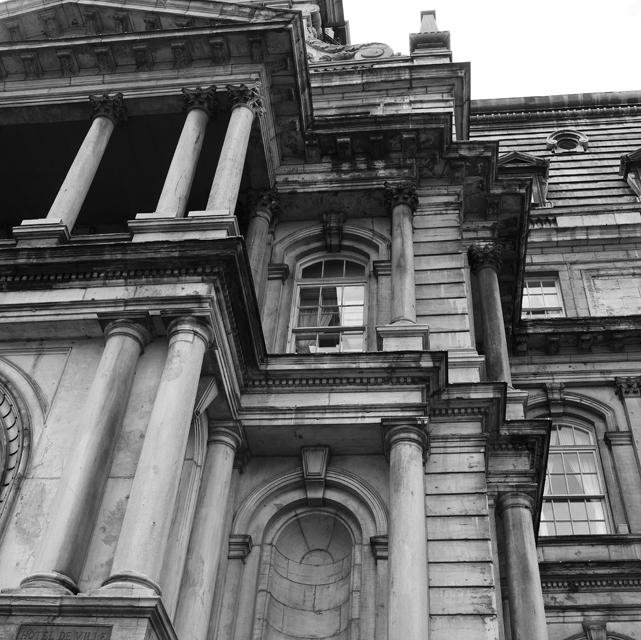 03_Montreal coloums.jpg