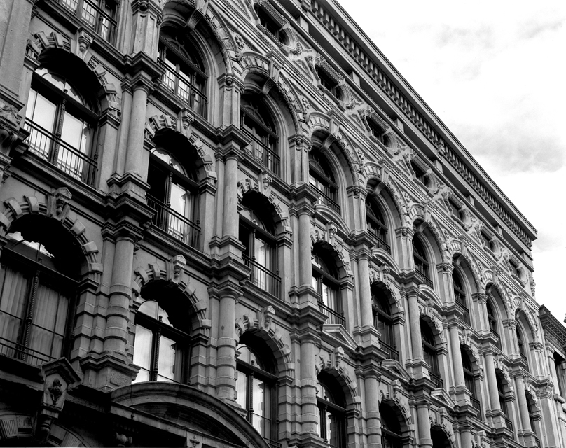 06d Old Montreal.jpg