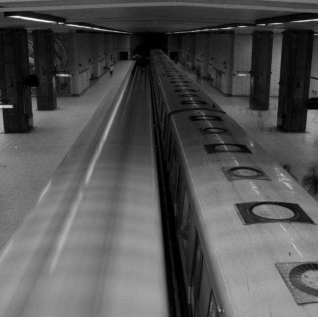 26 Le Metro.jpg