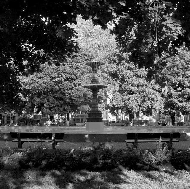 25 Fountain 2.jpg