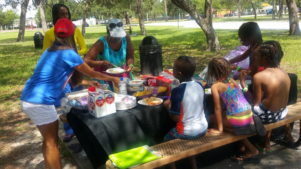 ptpt picnic.jpg