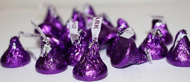 dark chocolate kisses.jpg