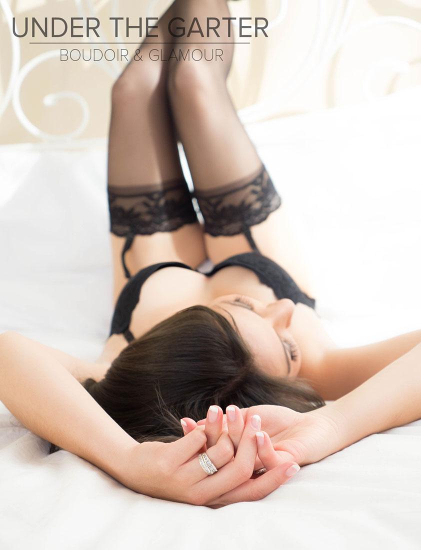 boudoir photography denver legs ring cleavage.jpg