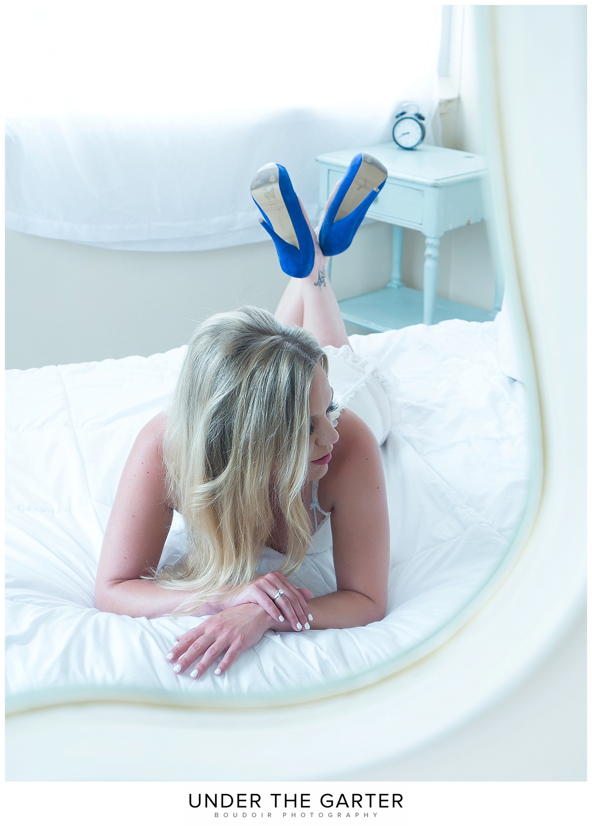 boudoir photography denver mirror something blue.jpg