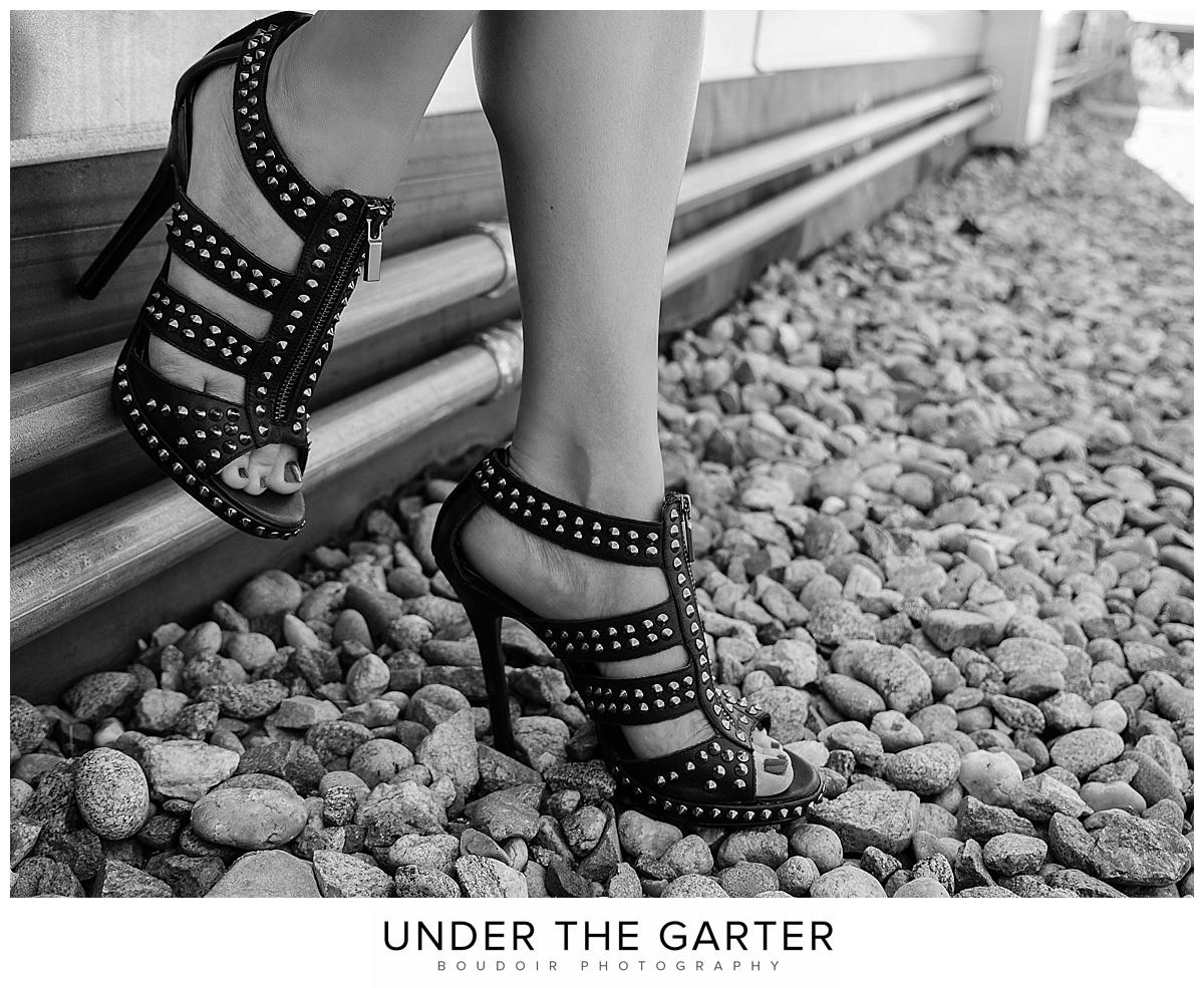 boudoir photography denver shoe detail.jpg