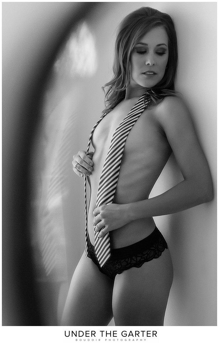boudoir photography denver bw tie.jpg