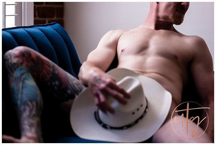 male fine art nude boudoir denver cowboy hat.jpg