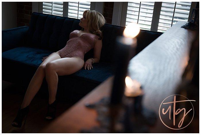 boudoir photography studio denver couch.jpg