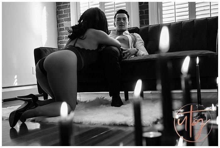 couples boudoir photography denver dudoir couch candles.jpg