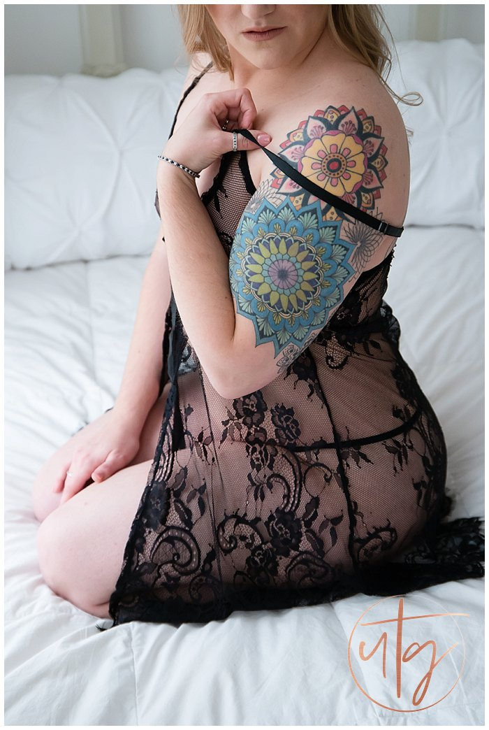 boudoir photography denver tattoos lace slip.jpg