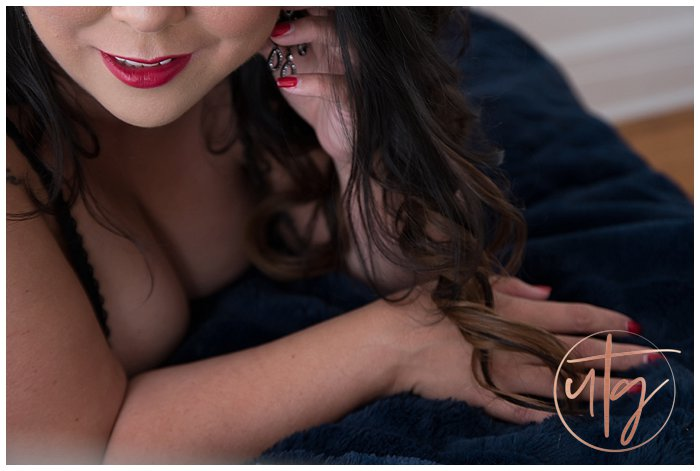 boudoir photography denver smile earrings.jpg