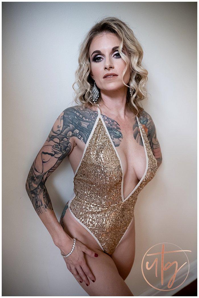 boudoir photography denver colorado gold sequins tattoos blonde.jpg