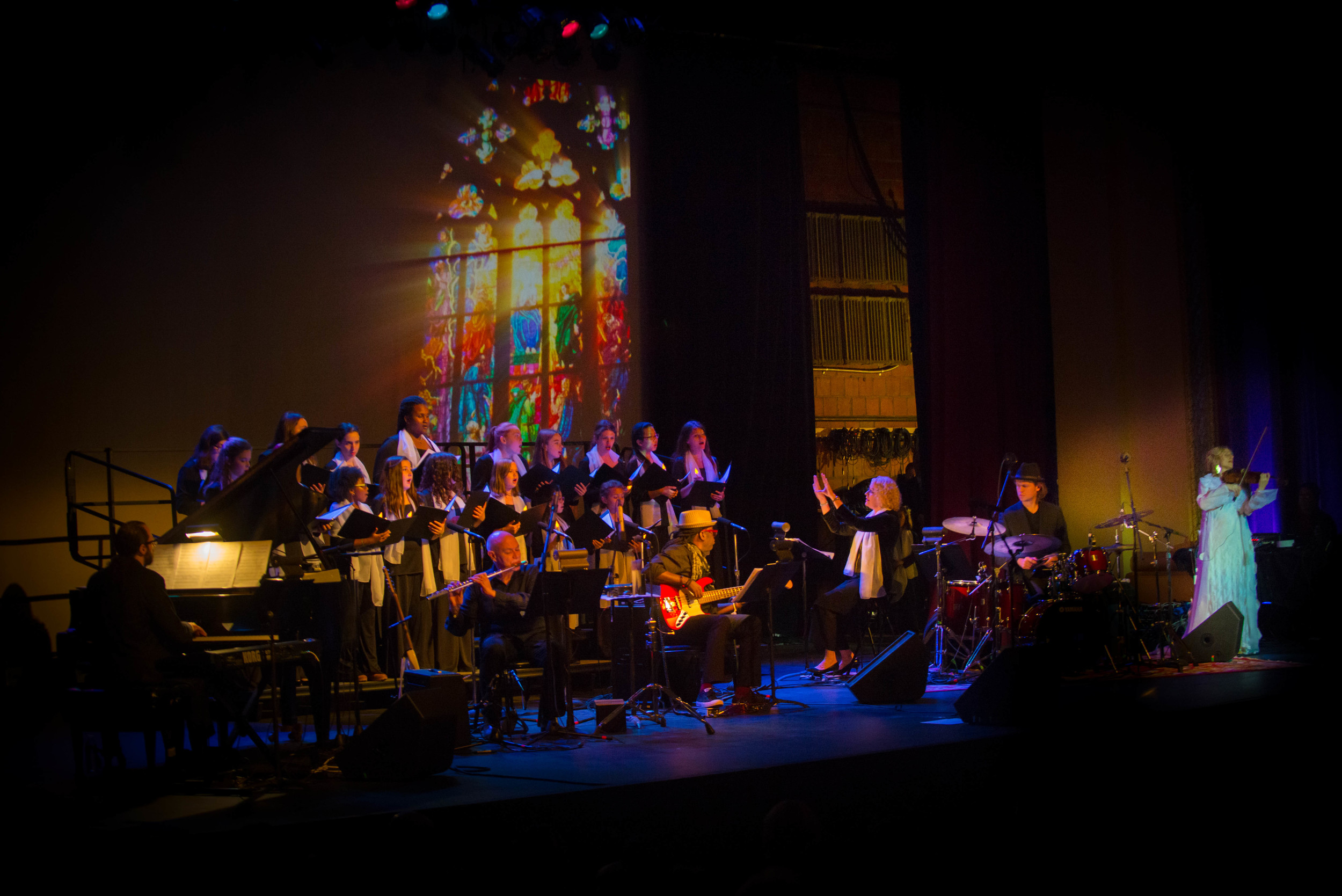 We had a fabulous show at the Paramount Hudson Valley on Dec 6th 2015, this is how the show started with the Westchester Youth Choirs. Beautiful lighting by Molly Tiede, and stunning projections by Rich Mason