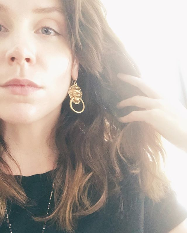 An ode in earrings to the most complicated of signs. Happy Leo Season, my over the top, uber-confident, fully extra lions! 🦁🦁🦁