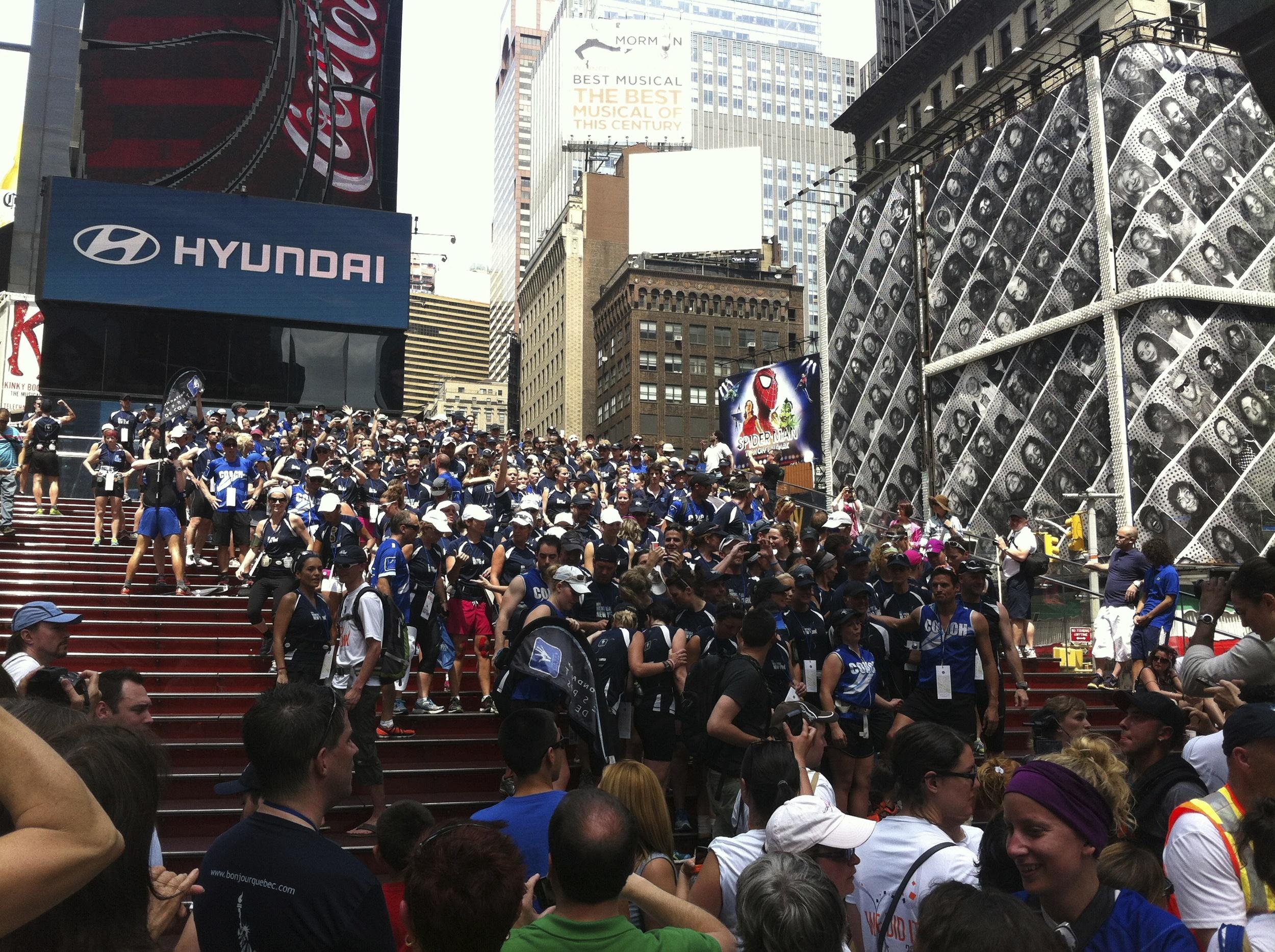Photo de groupe à Times Square… Cheese !