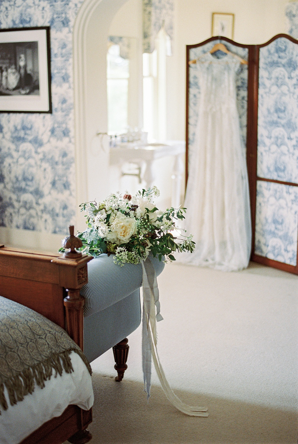 country wedding-charlotte munro wedding styling-wickham house-kate nielen_0018.jpg