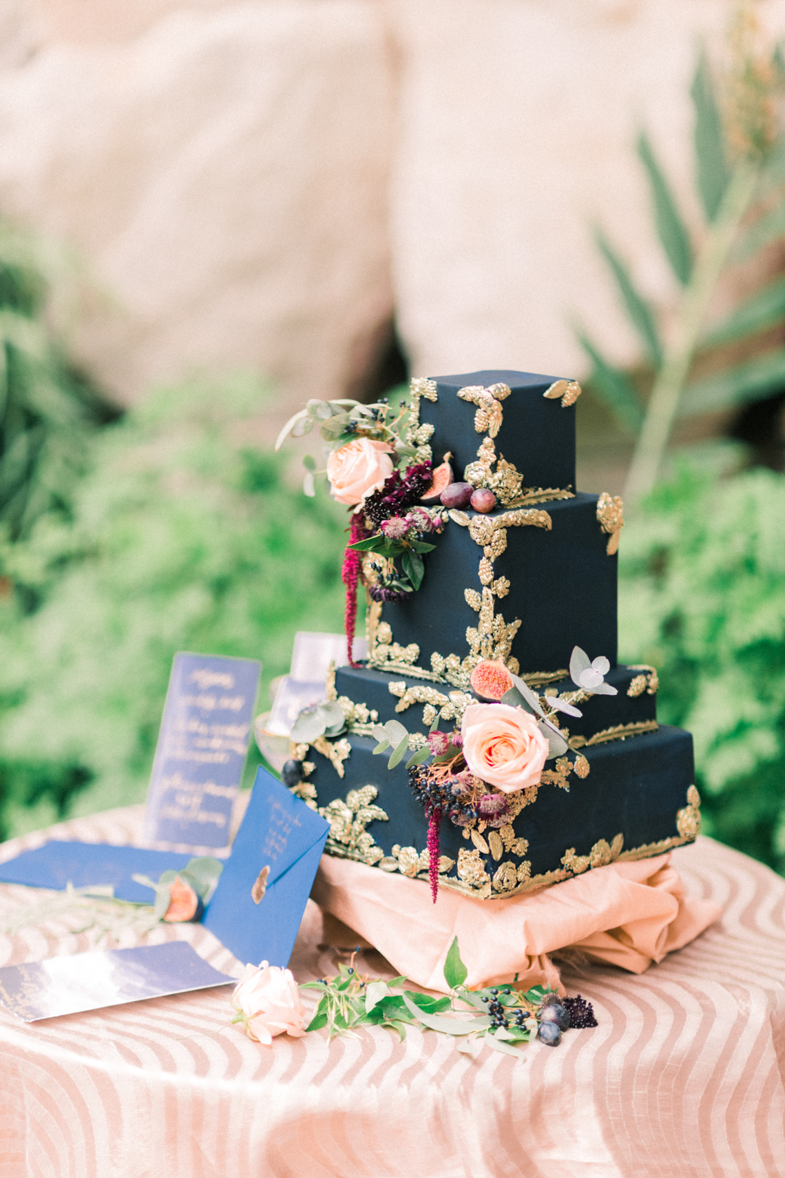 I absolutely love square cakes. Original and elegant in design, this navy, gold and blush cake by The Custom Cake Boutique is a perfect show stopping centrepiece.