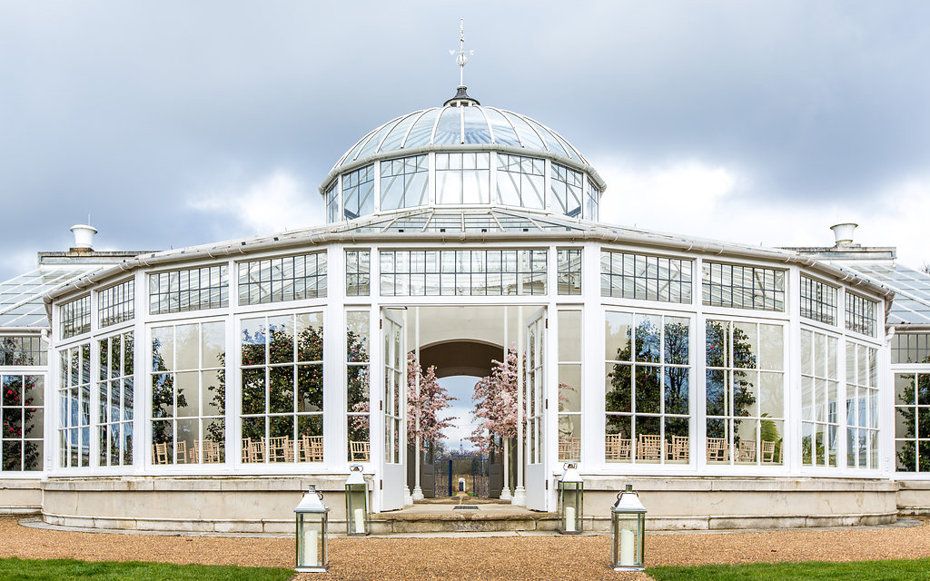orangery-wedding-venues-in-london-chiswick-house-and-gardens-anna-kunst-002.jpg