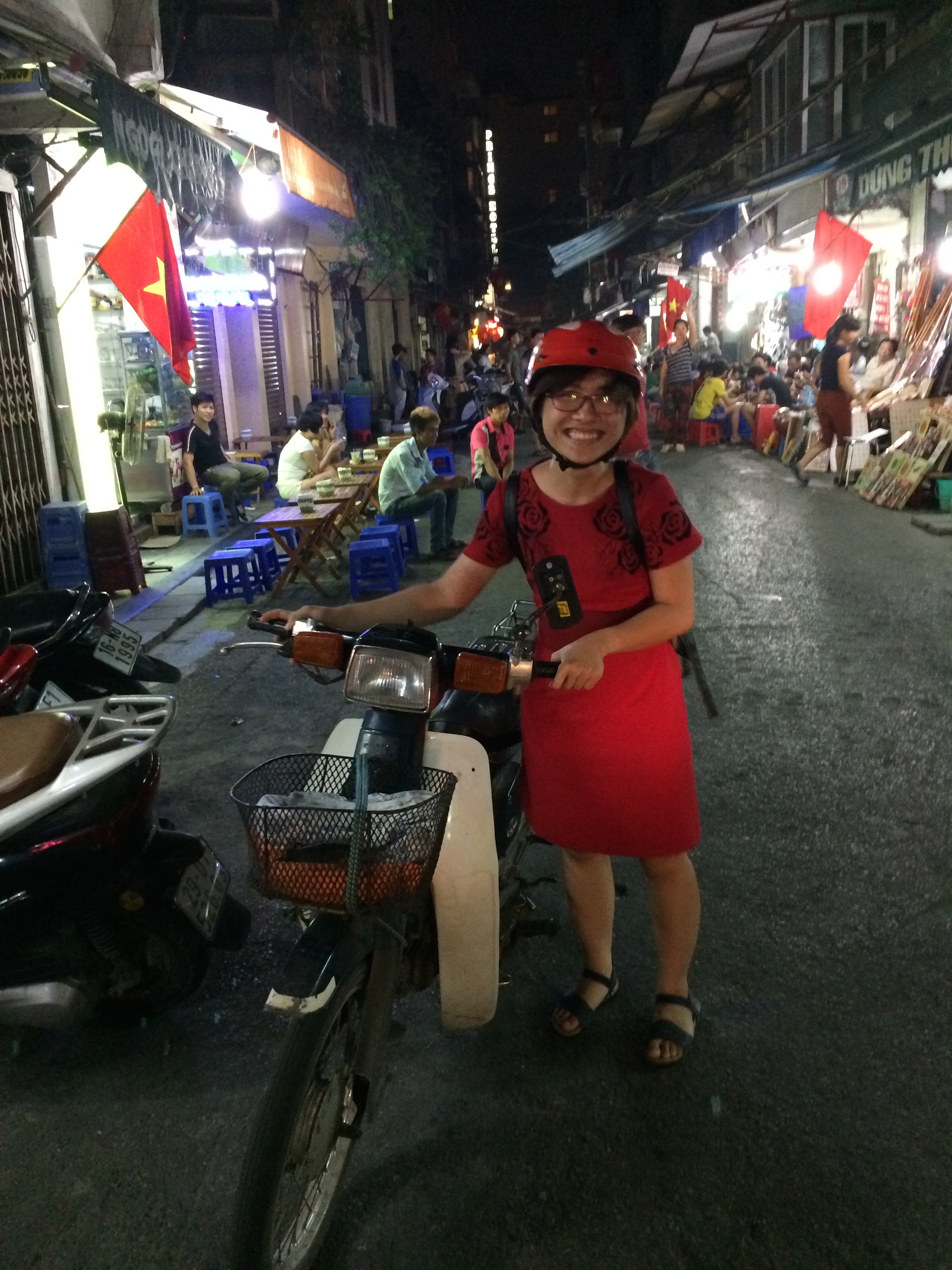 Our wonderful Vietnamese student volunteer, Jetty, who helped us bring the North Koreans to an awesome street-side dessert shop.