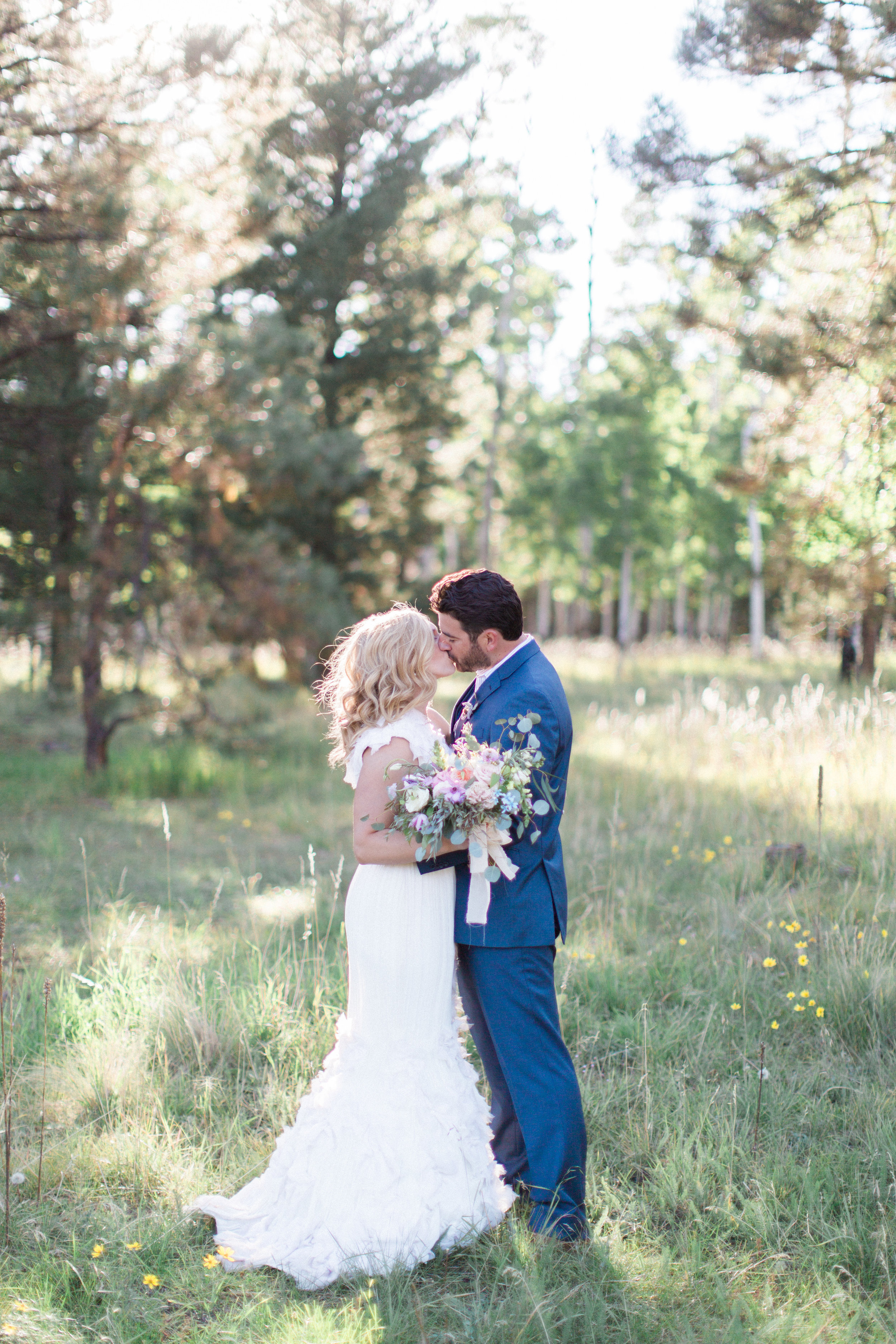 forest-chic-flagstaff-wedding-brealyn-nenes