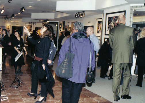 2001-Billy Dee Williams Show at The Bay, Queen St.
