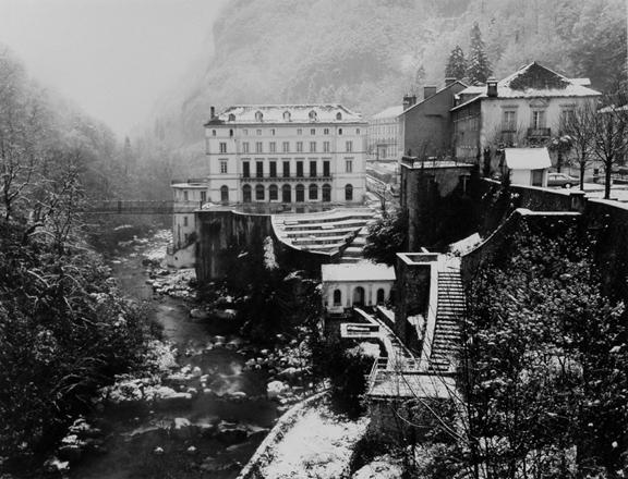 Pyreenes Village
