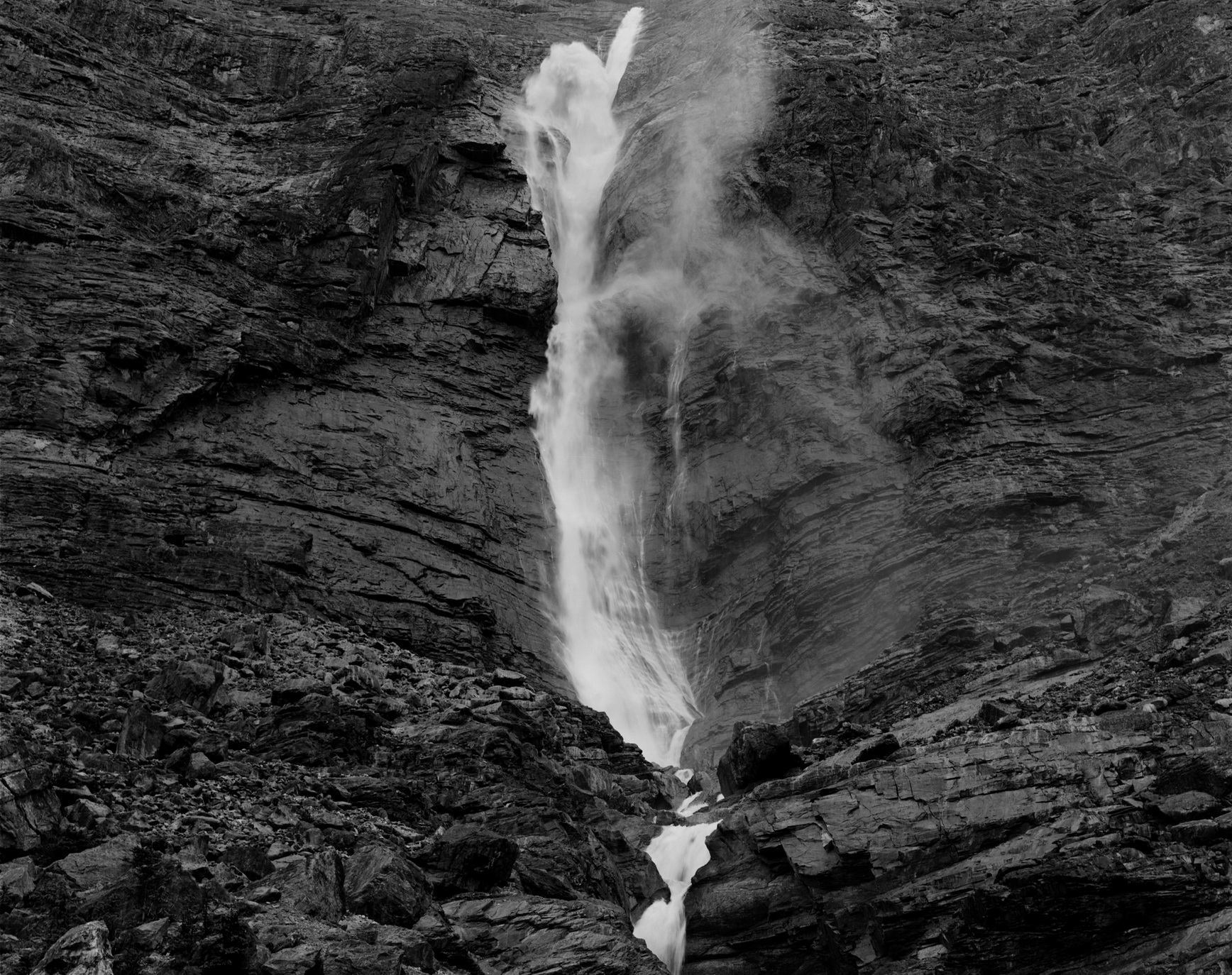 152204 -Takakkaw Falls