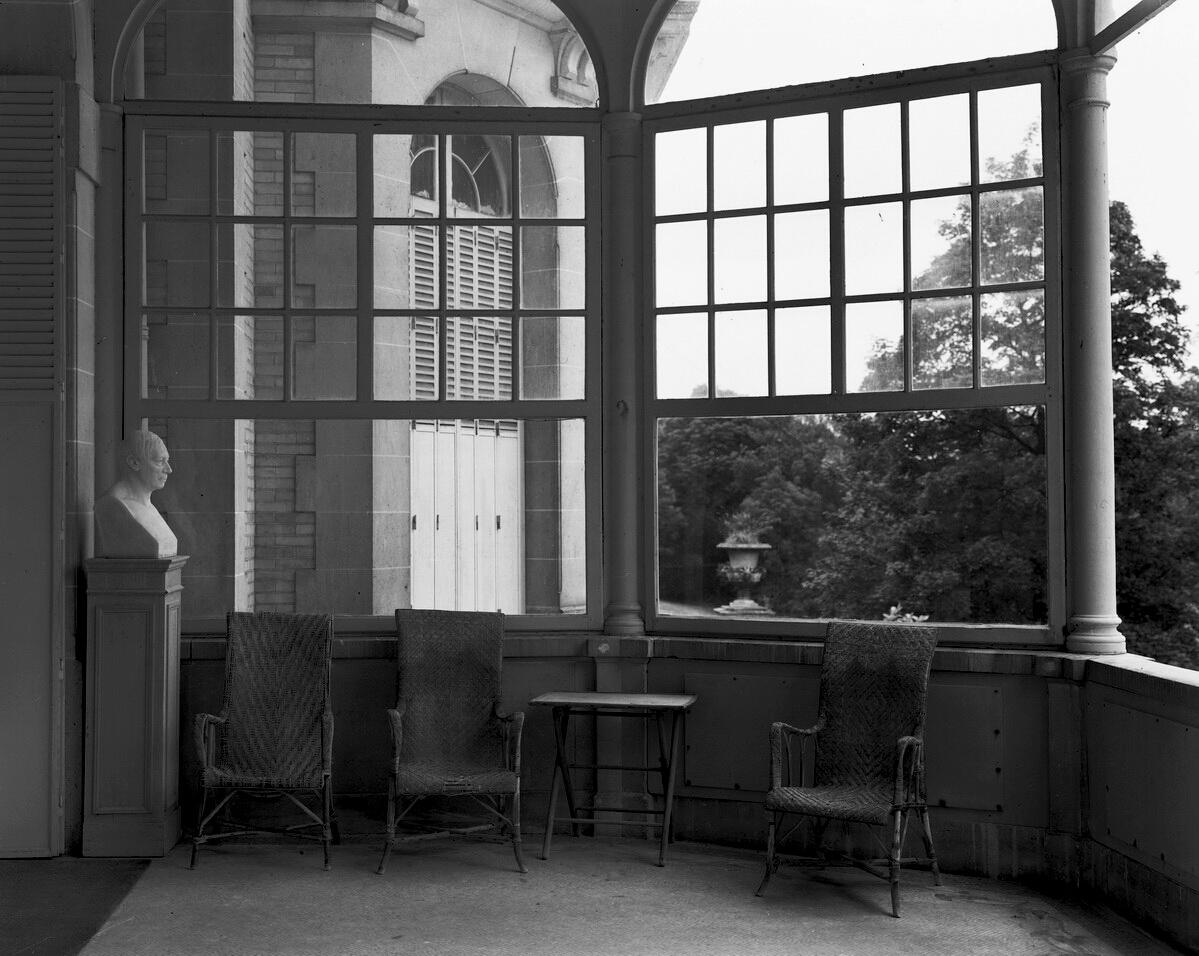 74801- Chateau Paris