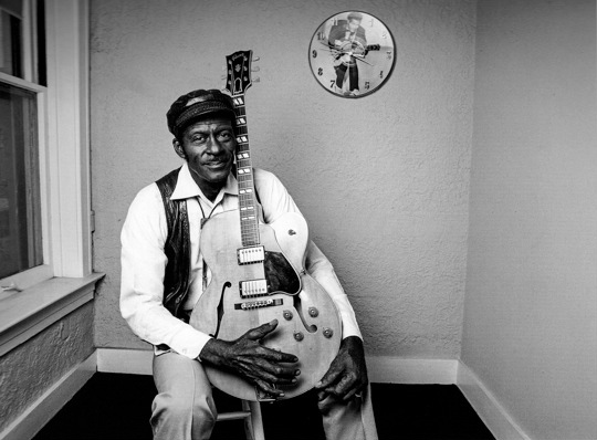 Chuck Berry with Clock, 1987