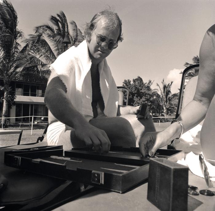 Elton John Maui 1974_00007.jpg