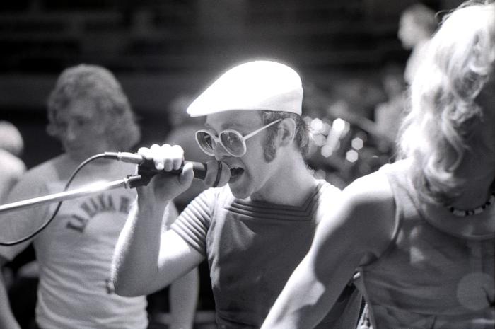 Elton John Spound Check Hawaii 1975_00010.jpg