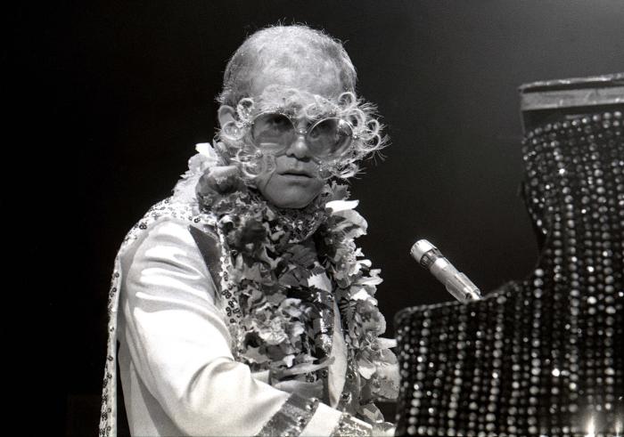 Elton John-4_00015.jpg
