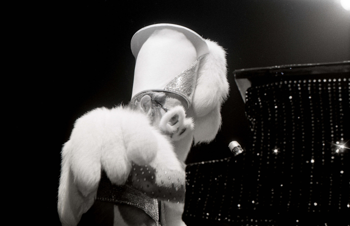 Elton John-5_00016.jpg