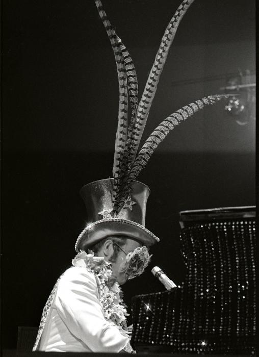 Elton John-8_00019.jpg