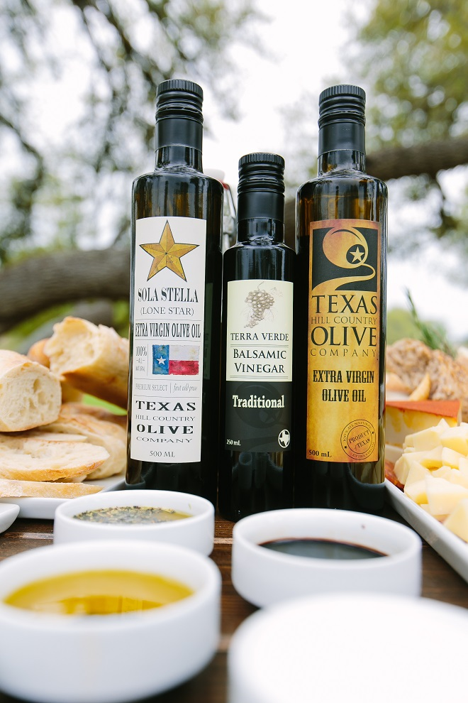 Texas Hill Country Olive Oil Wedding Bread Dipping Station