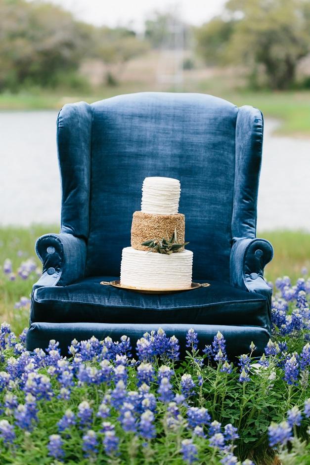 Gold Textured Wedding Cake Blue Chair