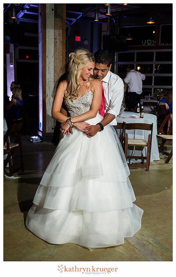 Lovey bride & groom