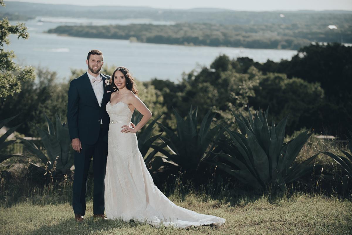 Bride and groom lake travis vintage villas