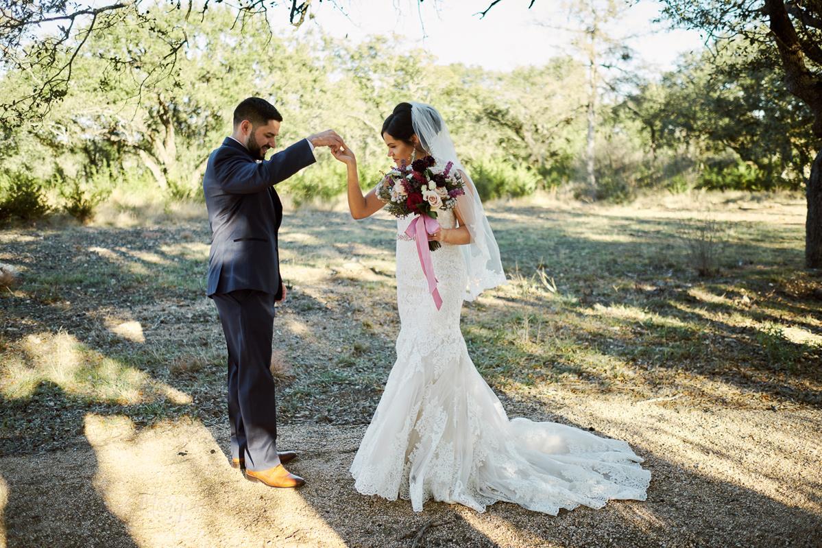 Lizabeth and Saul Wedding-217 (Copy).jpg