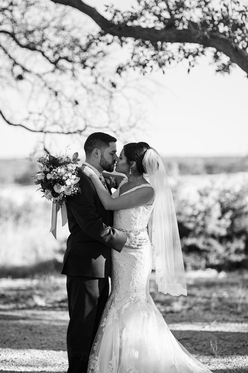 Lizabeth and Saul Wedding-226 (Copy).jpg